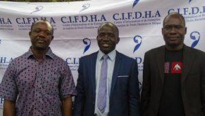 2-Urbain K. Yaméogo (milieu), François Traoré (à g.) et Ghislain Yaméogo (à d.)