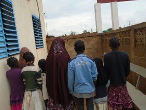 une femme qui convioyait des filles à Zorgho a été interceptée par la gendarmerie