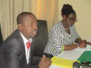 Le DG du BBDA, Wahabou Bara et la Directrice de l'exploitation et de la perception, Armelle Compaoré