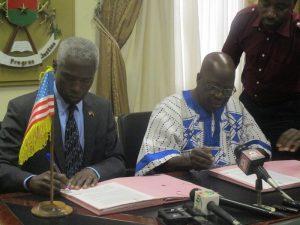 Près de 2 milliards FCFA  accordé au Burkina