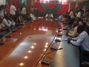 Une vue des participants lors des négociations